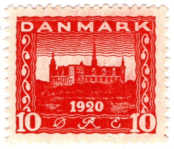 Denmark 1920 Recovery of Northern Slesvig 10ø Red stamp featuring Kronborg Castle